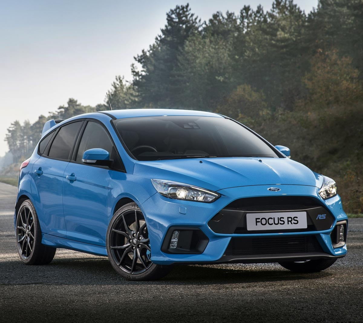 синий автомобиль ford focus rs  № 215597 без смс