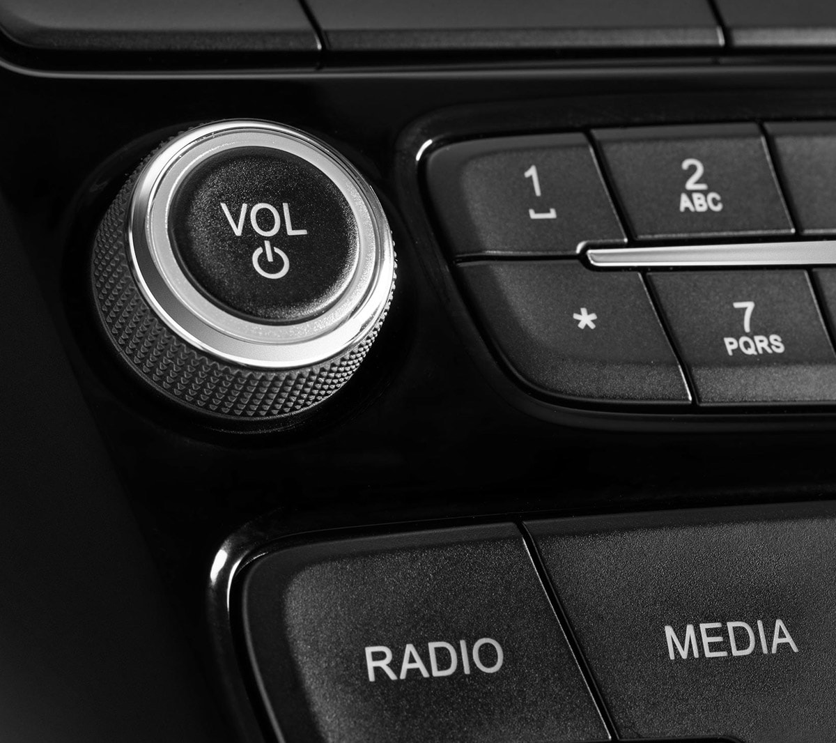 Ford KA+ radio controls in detail
